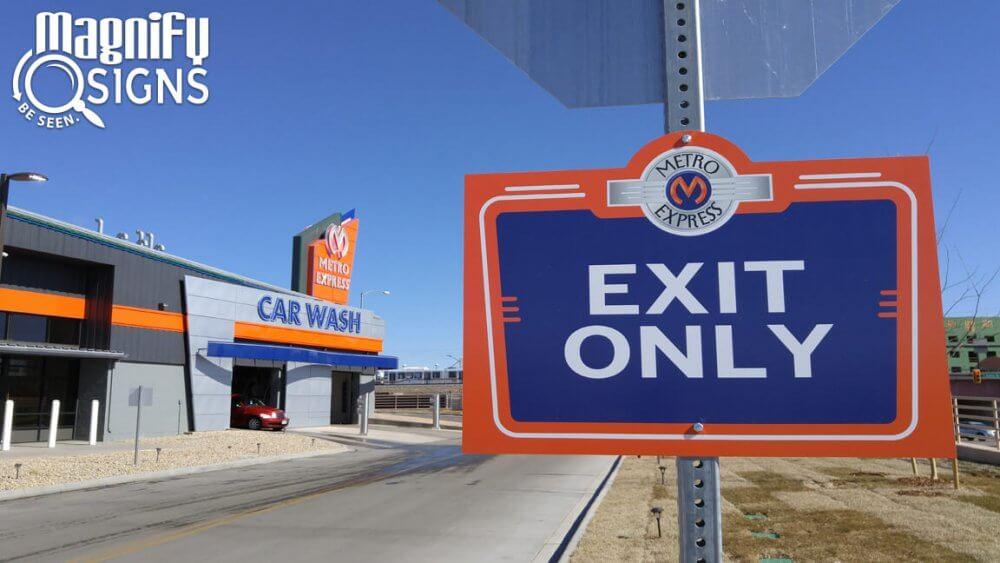 best car wash signs in Colorado
