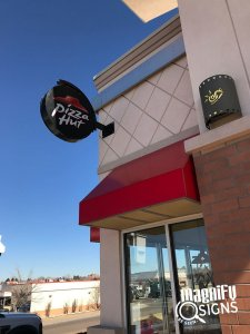 Pizza Hut Outdoor banner
